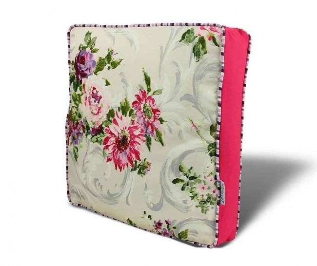 Perne decorative pentru scaun. Cinci idei deosebite cu modele florale - Poza 1