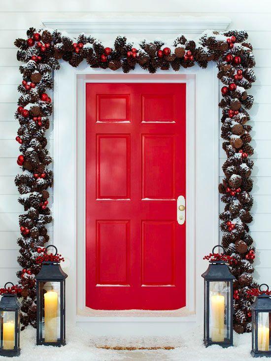 Cum decorezi usa de la intrare pentru a surprinde spiritul Craciunului - Poza 5