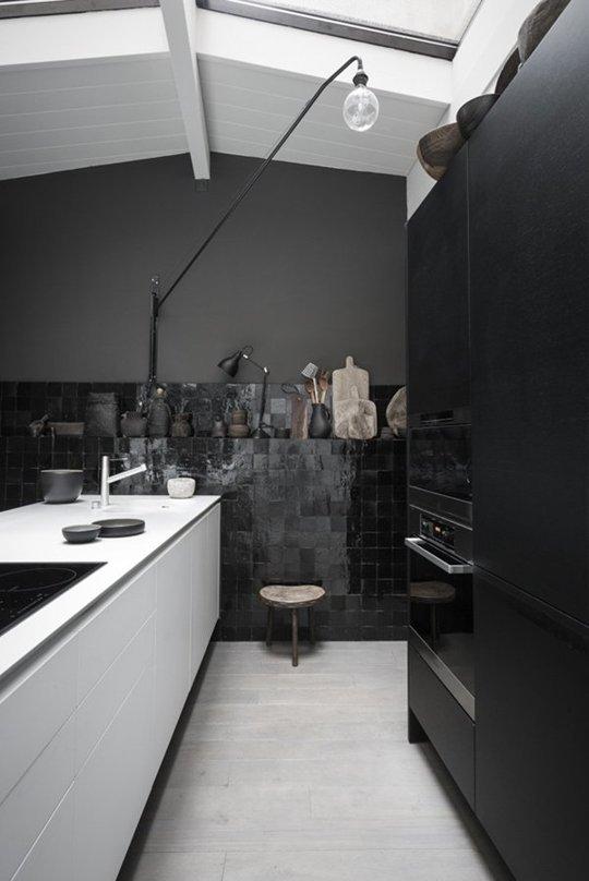 Decopera-ti stilul preferat: 12 interioare de bucatarii superbe in alb-negru - Poza 10
