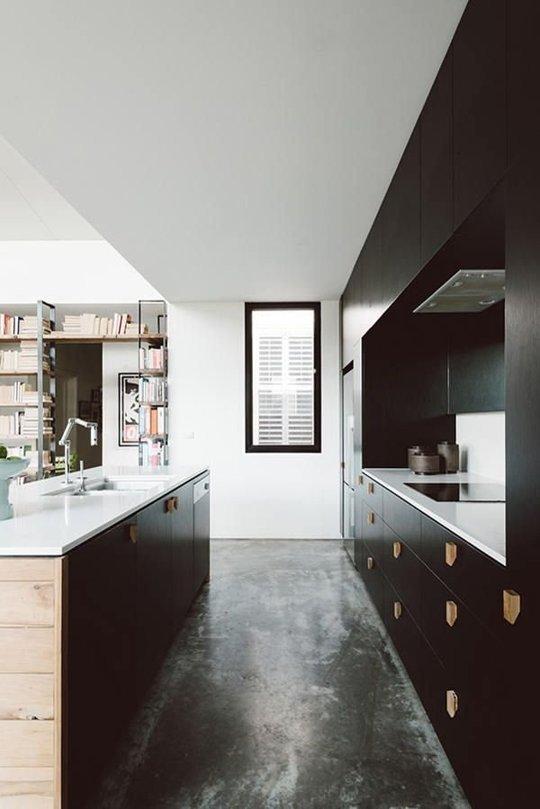 Decopera-ti stilul preferat: 12 interioare de bucatarii superbe in alb-negru - Poza 3