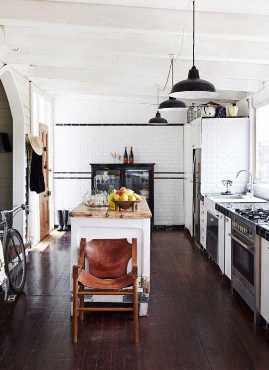 Decopera-ti stilul preferat: 12 interioare de bucatarii superbe in alb-negru - Poza 2