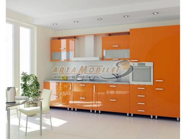 Mobila de bucatarie moderna intr-un design personalizat - Poza 3