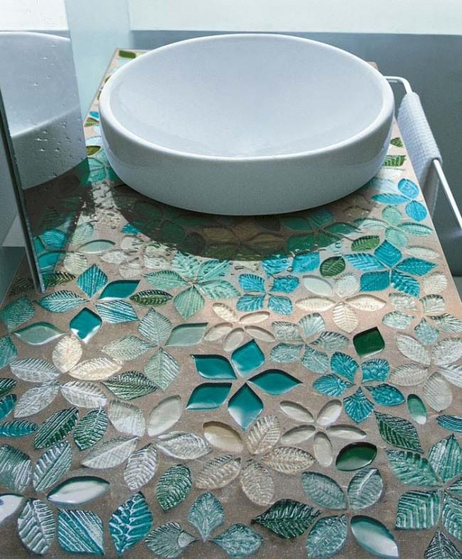 Farmecul designului din mozaic in 10 modele de bai - Poza 1