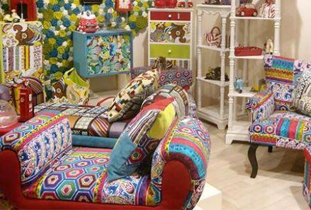 Culori vibrante in mobilierul si accesoriile pentru dormitor - Poza 1