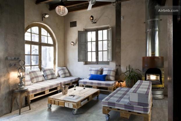 Atmosfera imbietoare a unui apartament chic in stil industrial - Poza 1