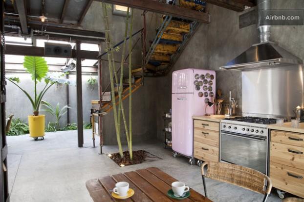 Atmosfera imbietoare a unui apartament chic in stil industrial - Poza 7