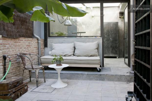 Atmosfera imbietoare a unui apartament chic in stil industrial - Poza 3