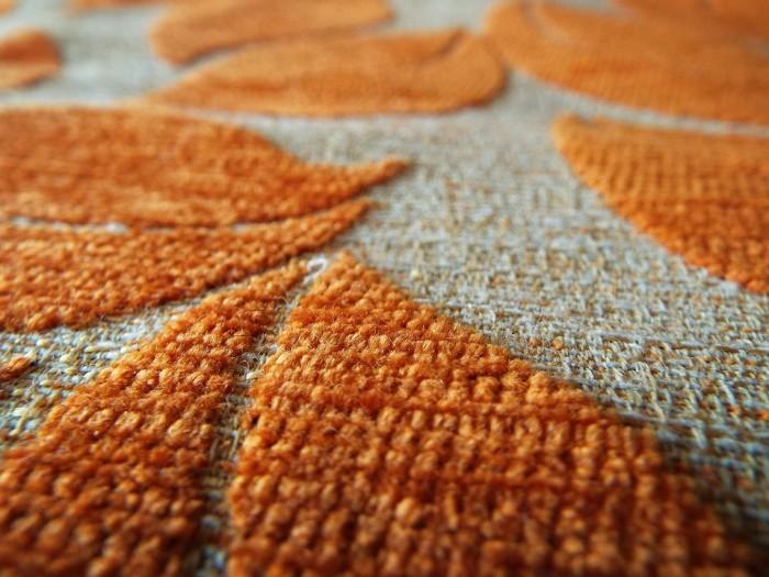 Cum sa tai covorul cu un cutter