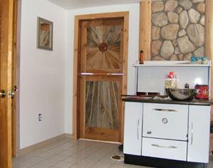 Usile pentru interior din lemn, un produs mereu in top - Poza 1
