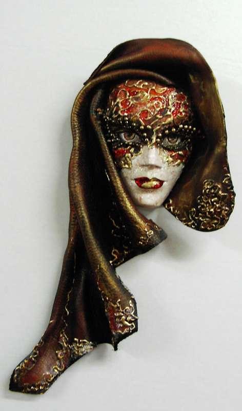 Idei pentru decorarea camerei: sase poze cu masti venetiene - Poza 2