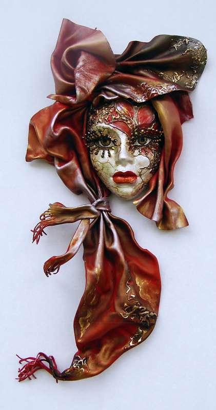 Idei pentru decorarea camerei: sase poze cu masti venetiene - Poza 6