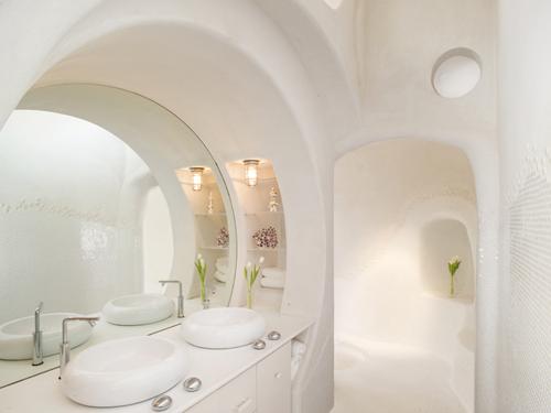 Sase poze dintr-o baie de vis. Arta, design, inventivitate?... Toate la un loc - Poza 2