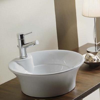 Lux desavarsit in baie: obiecte sanitare din portelan de la Scarabeo - Poza 6