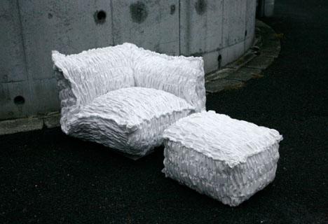 Scaune de cristal si canapele de hartie - Poza 4